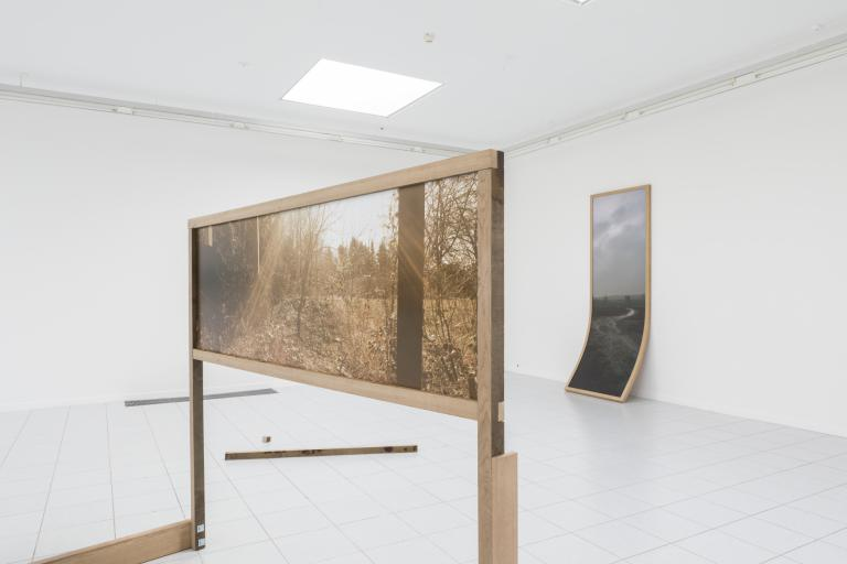 Sunville is a research by Ives Maes on the objecthood of photography that ranges from old photographic techniques and expired film to digital 3D technology